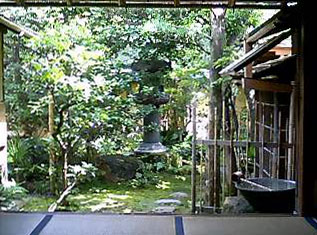 晴れてきてしまった後ではあるが美しい長生庵の庭