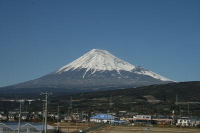 新富士駅附近からの富士山