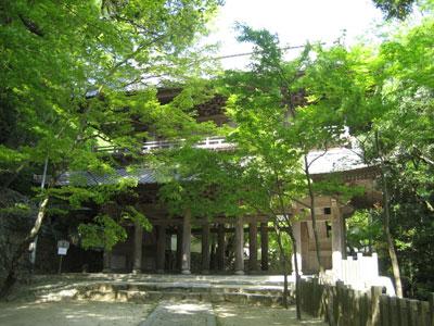 新緑の頃の永源寺山門